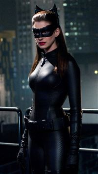 Anne Hathaway Catwoman iPhone se wallpaper