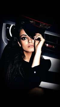 Mila Kunis Look iPad wallpaper