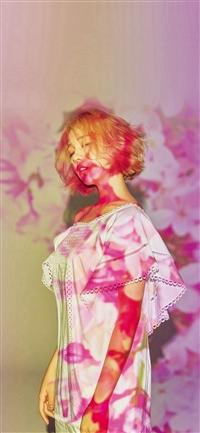Pink Girl Kpop Spring iPhone X wallpaper
