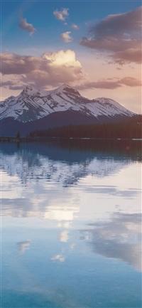 Lake peace mountain iPhone X wallpaper