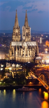Cologne cathedral iPhone X wallpaper
