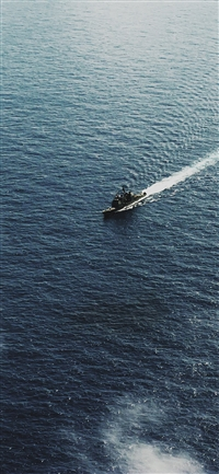Ocean ship sea sunny  iPhone X wallpaper