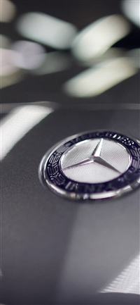 Benz logo car art iPhone X wallpaper