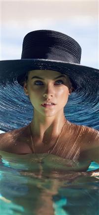 Model hat swim sea summer iPhone X wallpaper