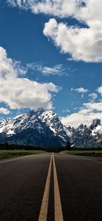 Road to sky mountain hightway iPhone X wallpaper
