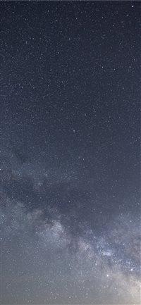 Milky-Way-Portrait iPhone X wallpaper