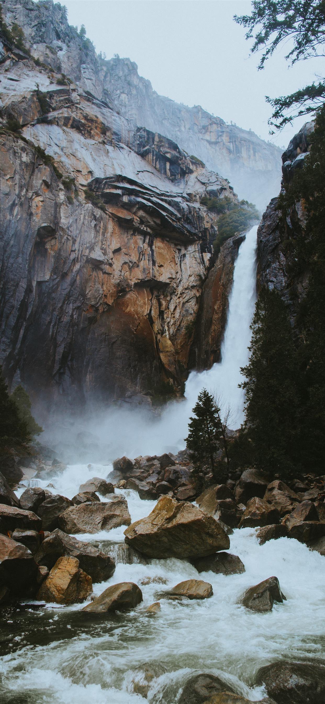 Waterfall Iphone X Wallpaper Download Iphone Wallpapers Ipad