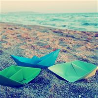 Paper Boats Origami Surface iPad Air wallpaper