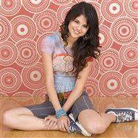 Selena Gomez iPad Air wallpaper