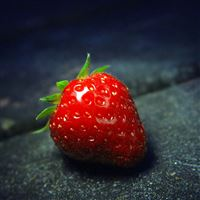 Strawberry Red Close Up iPad Air wallpaper