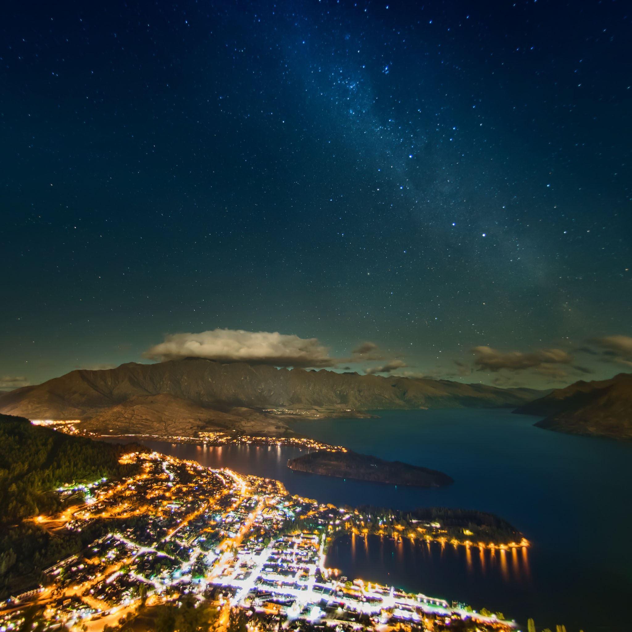 Milky Way Over Queenstown Ipad Air Wallpapers Free Download