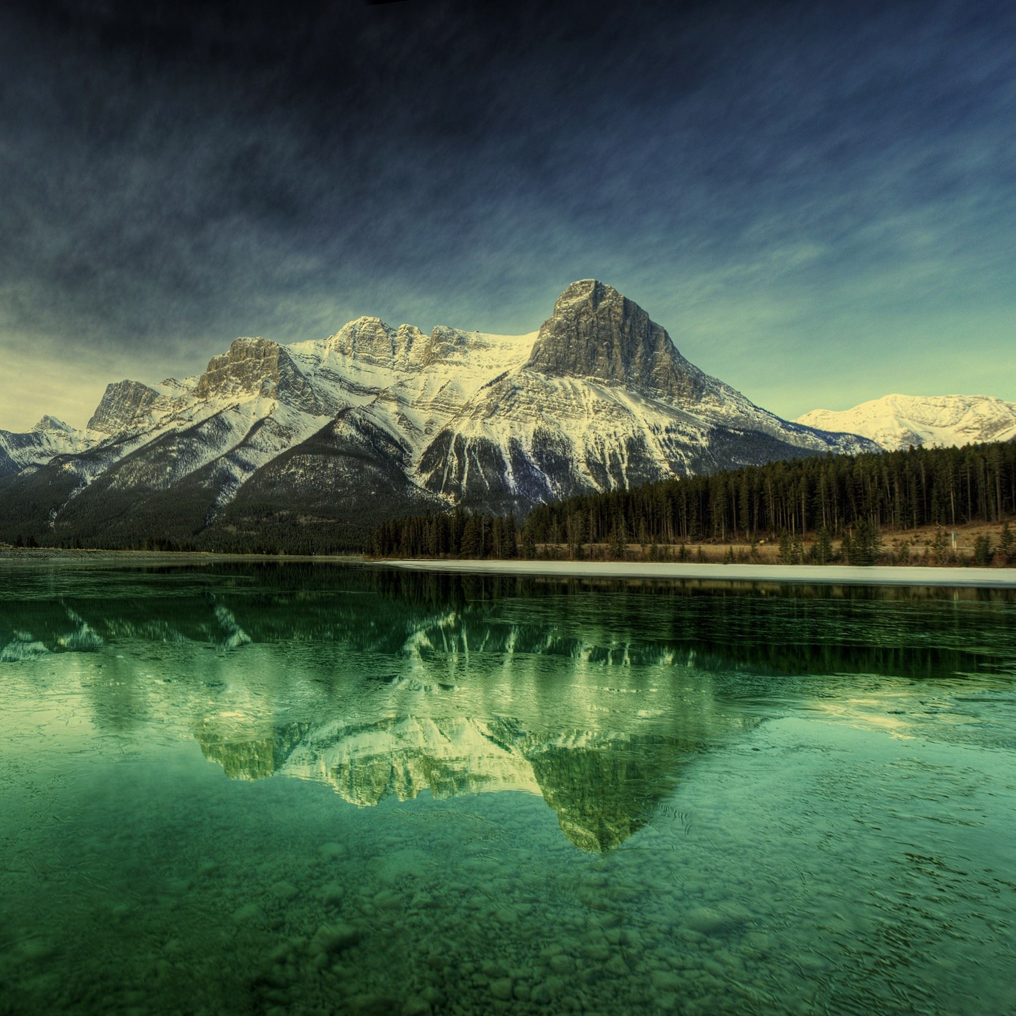 Mountain Crystal Lake Reflection iPad Air wallpaper