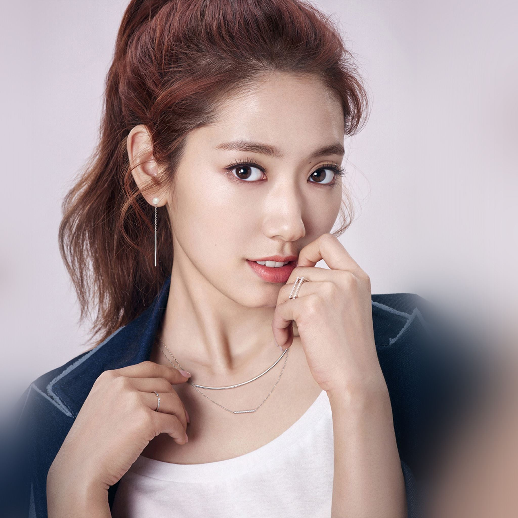 Park Shinhye Kpop Artist Film Asian iPad Air wallpaper