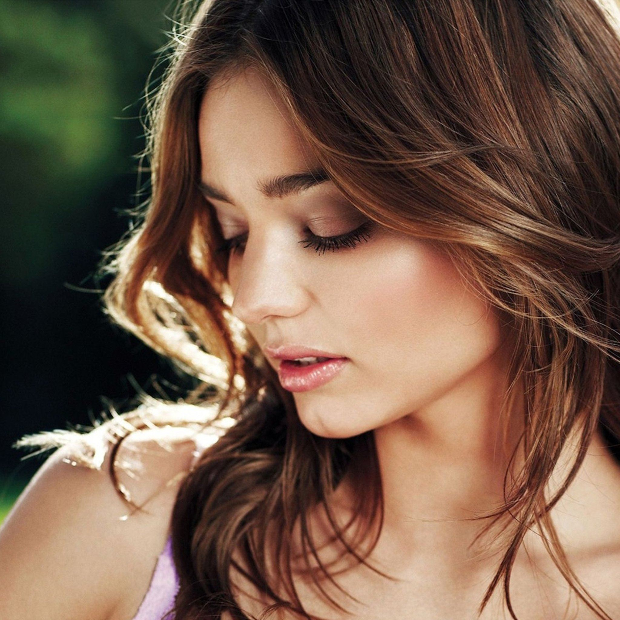 Miranda Kerr Face Sexy Victoria Beatury Model iPad Air wallpaper