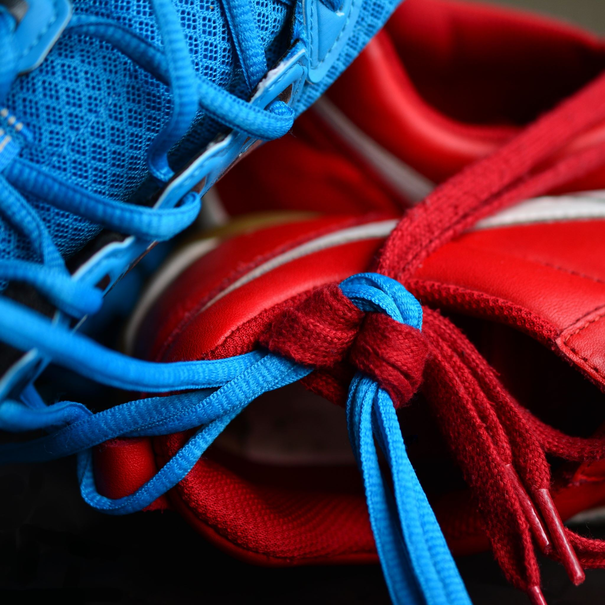 Sneakers Shoelaces Sports iPad Air wallpaper