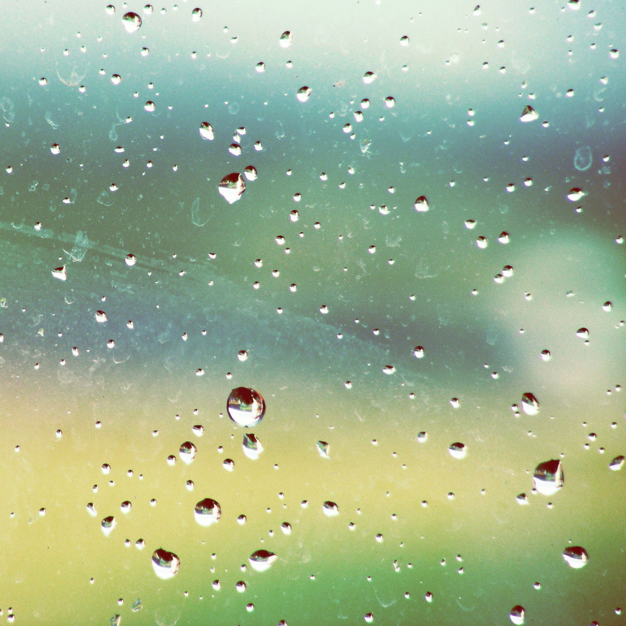 Rainy Window iPad Air wallpaper