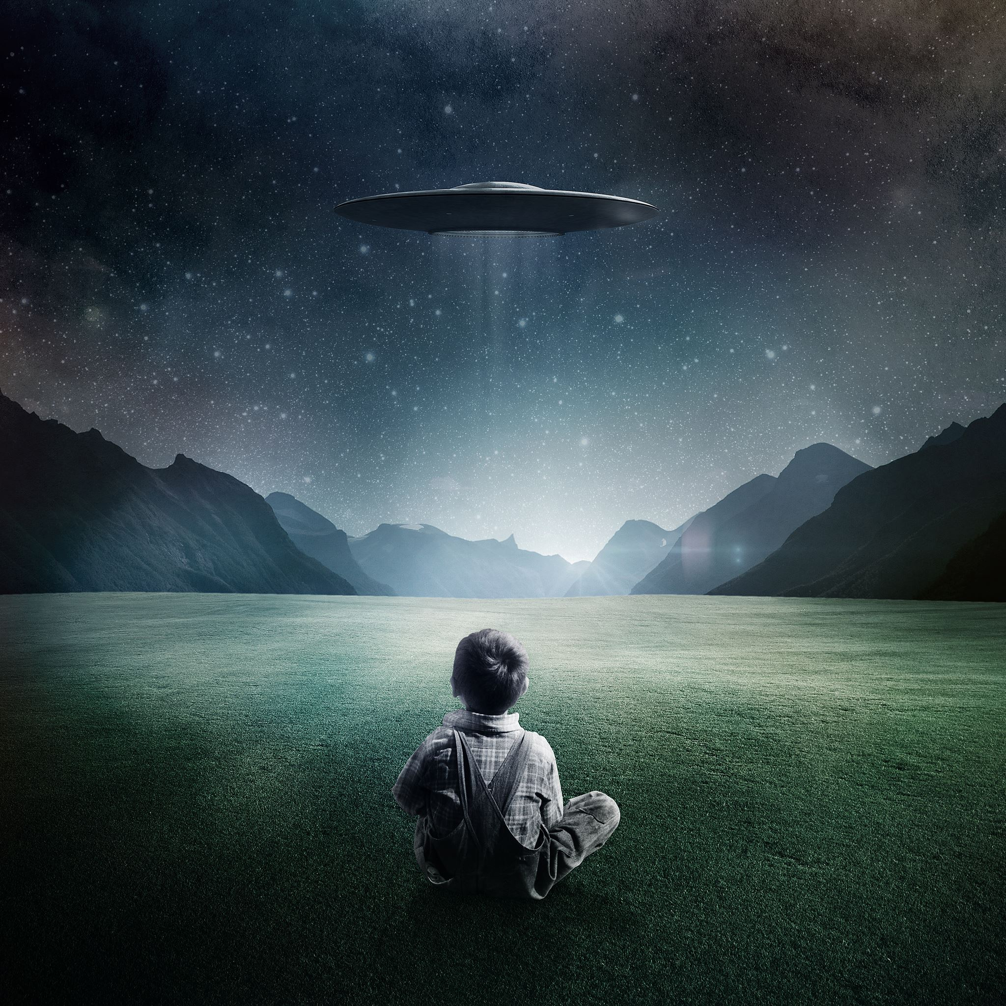 Boy and UFO iPad Air wallpaper