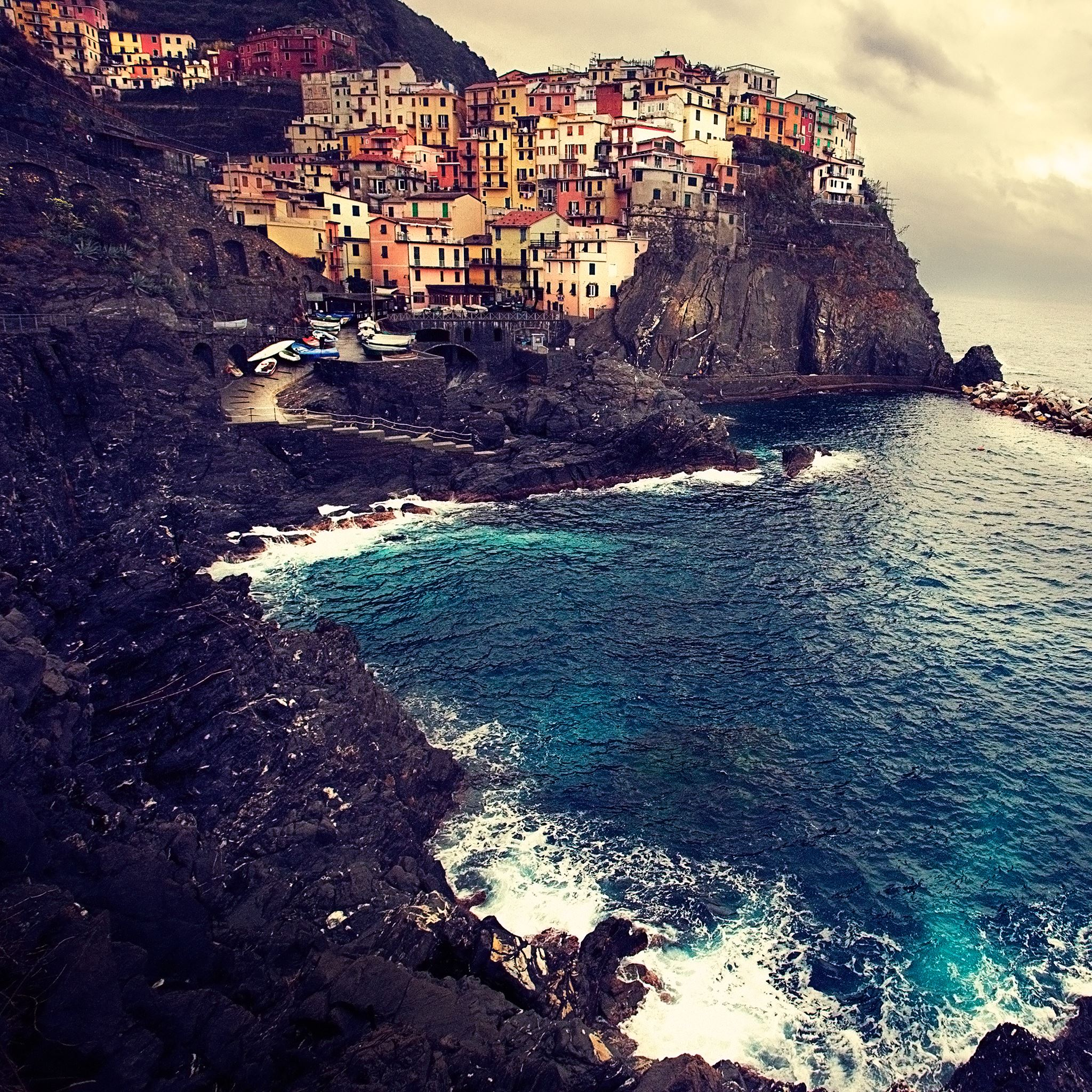 Manarola Cinque Terre iPad Air wallpaper