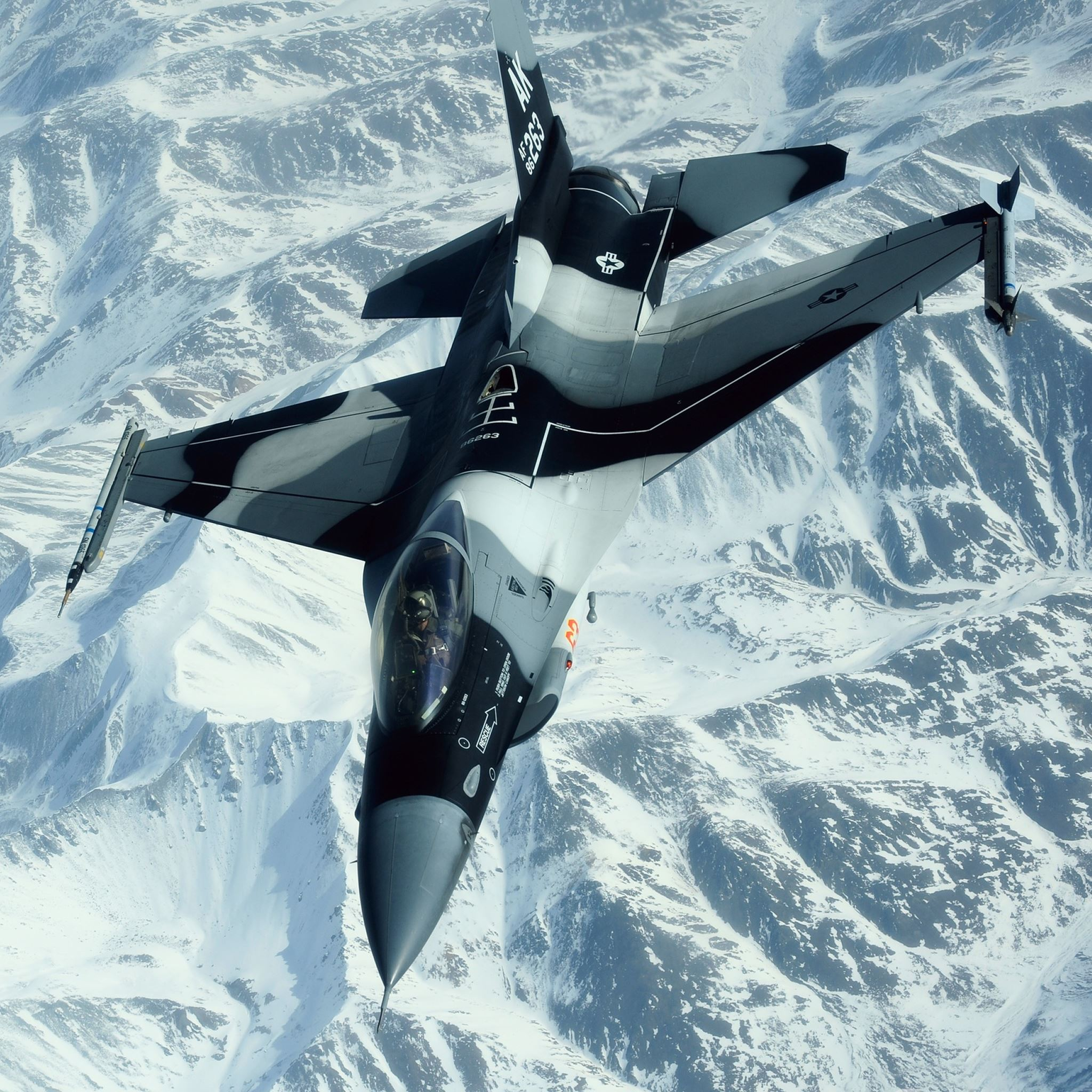Military Aircraft iPad Air wallpaper