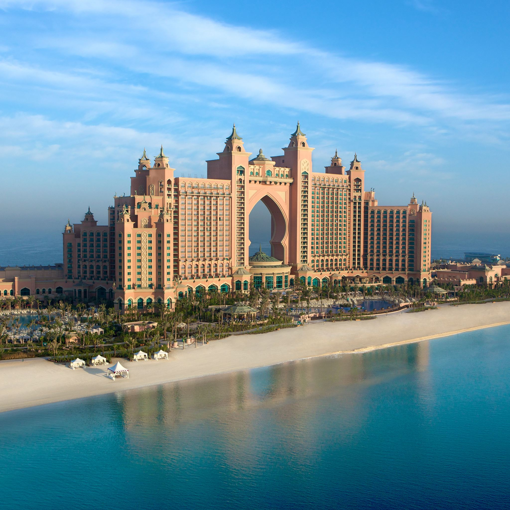 Atlantis the Palm in Dubai iPad Air wallpaper