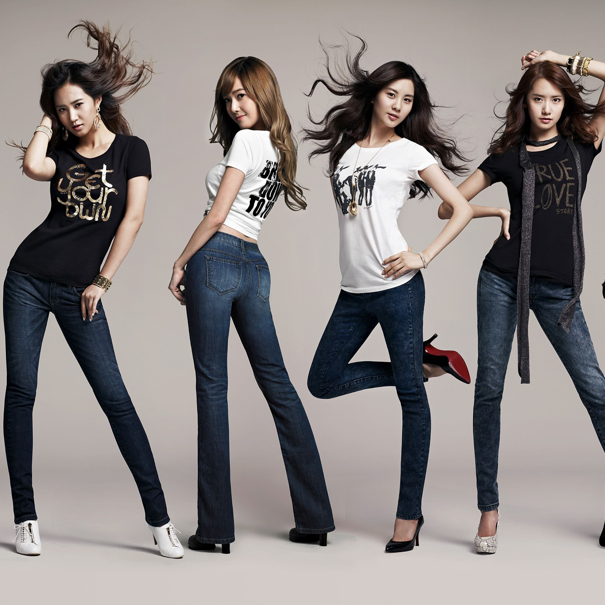 Фото про 4 девушек