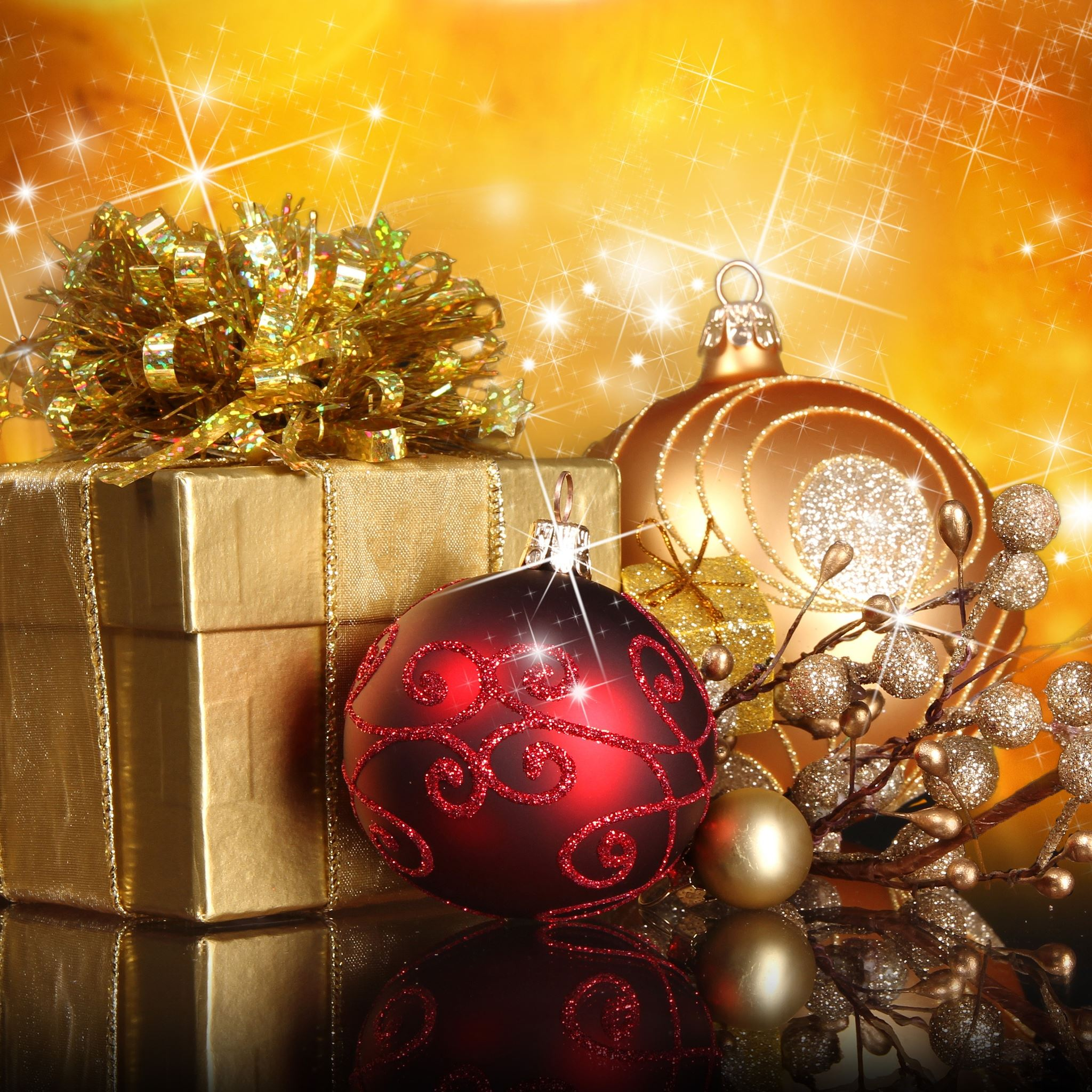 Christmas Gifts And Globes IPad Air Wallpapers Free Download