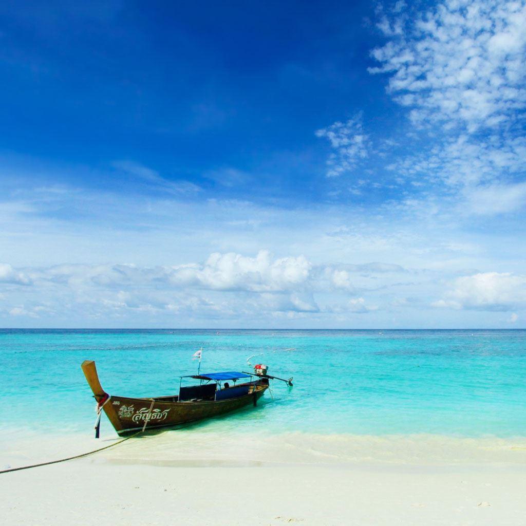 Boat At Beach Ipad Wallpapers Free Download