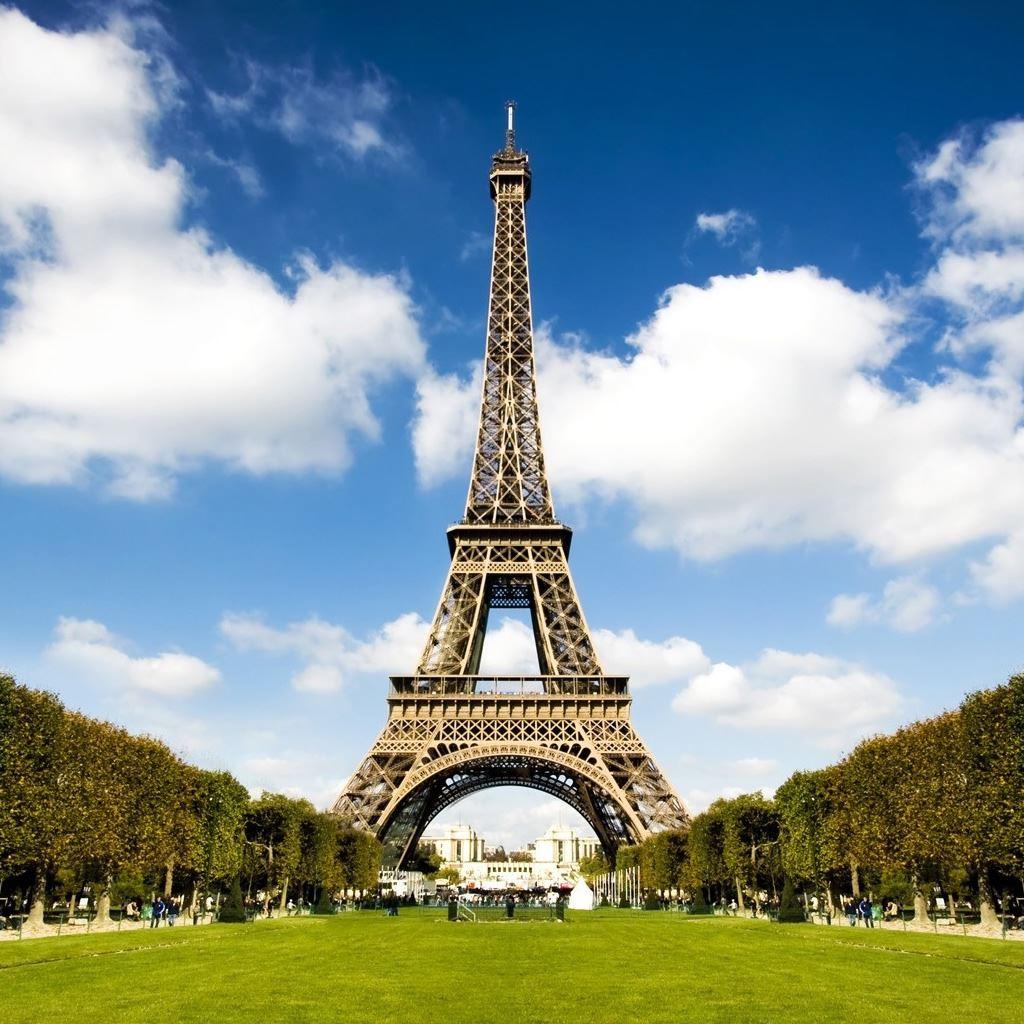 Symbol Of Paris Ipad Wallpapers Free Download