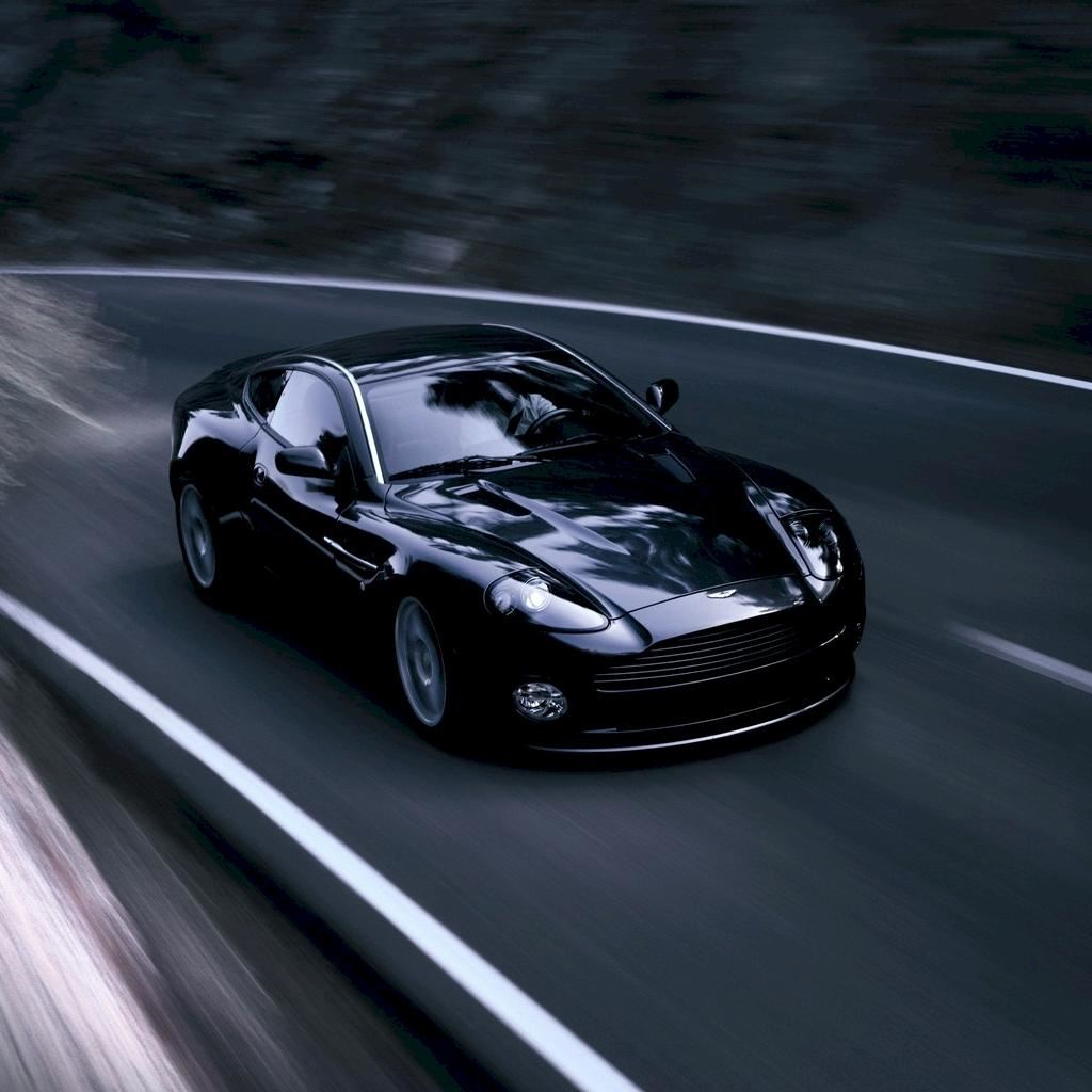 Aston Martin Vanquish S V12 Ipad Wallpapers Free Download