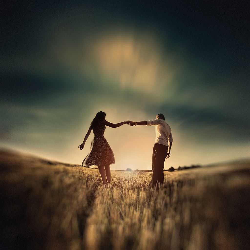 Lovers Handing World End Ipad Wallpapers Free Download