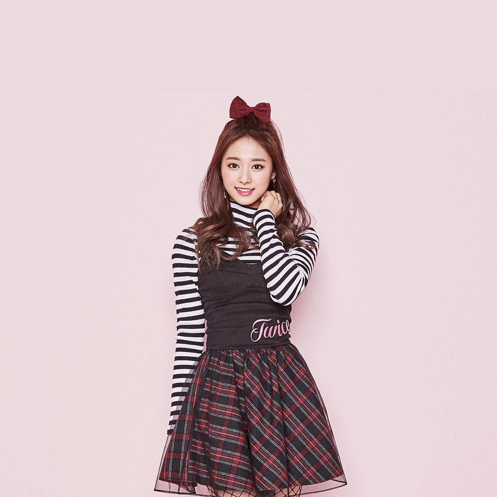 Twice Kpop Tzuyu Pink Cute Ipad Wallpapers Free Download