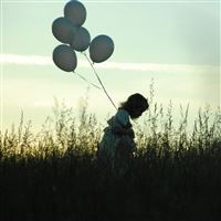 Girl With Balloons iPad wallpaper