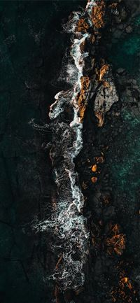 A drone shot from Oahu   Hawaii  iPhone 11 wallpaper