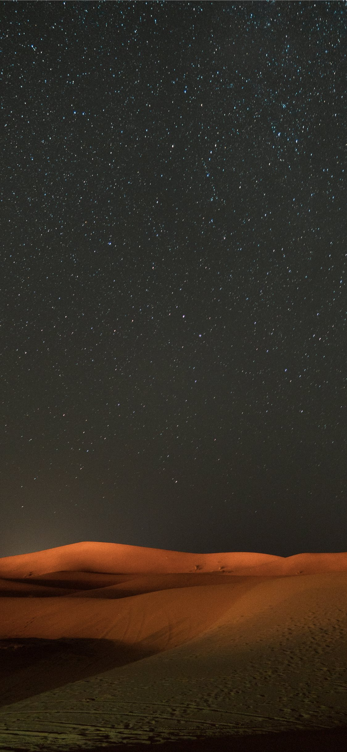 Stars Across The Sky View At The Desert Iphone 11 Wallpapers Free Download