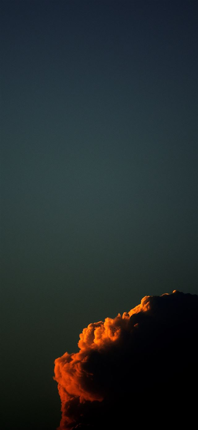 Subtle clarity iPhone 12 wallpaper