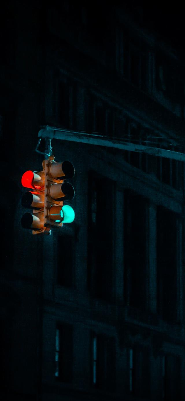 NYC traffic lights      davi... iPhone 12 wallpaper