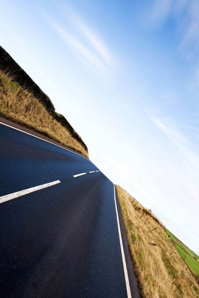 Long Road Ahead IPhone 4s Wallpaper