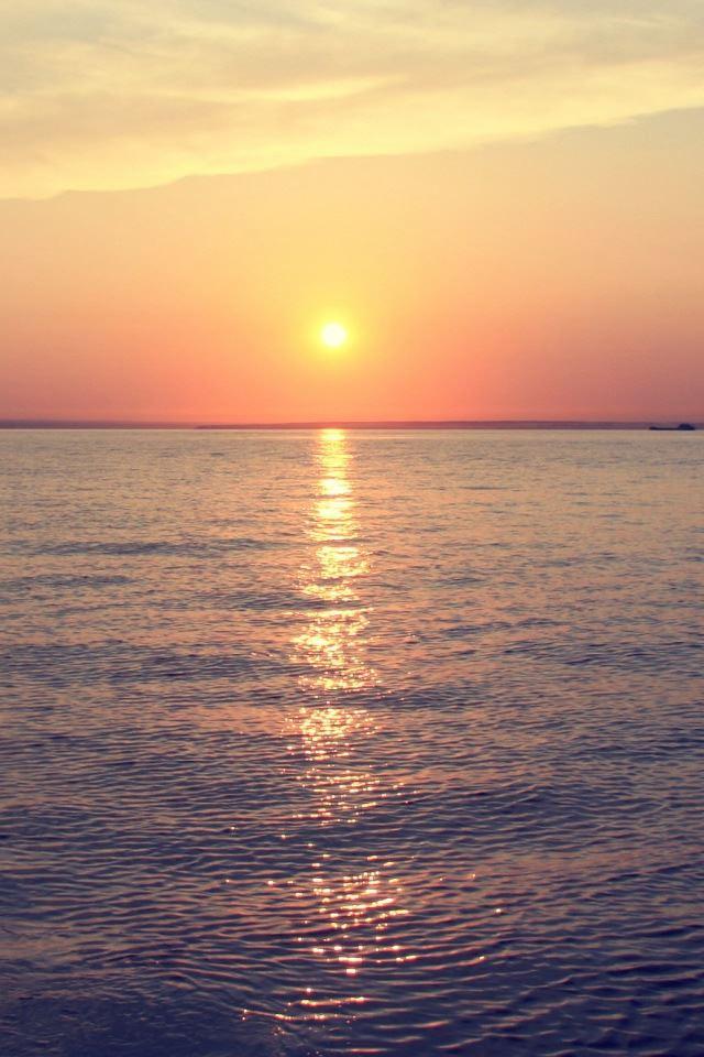 Sea Sunrise iPhone 4s wallpaper