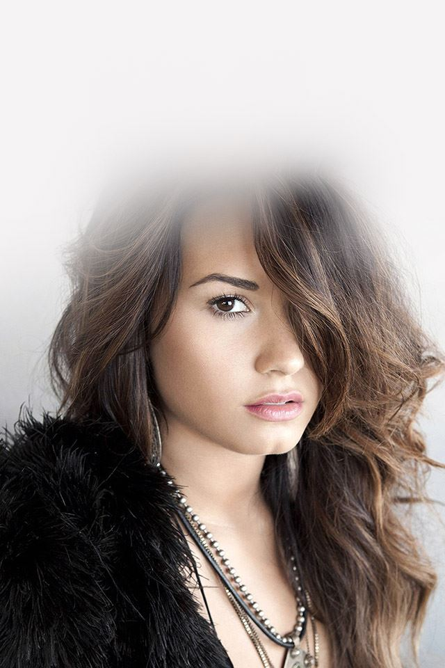 Demi Lovato in black iPhone 4s wallpaper
