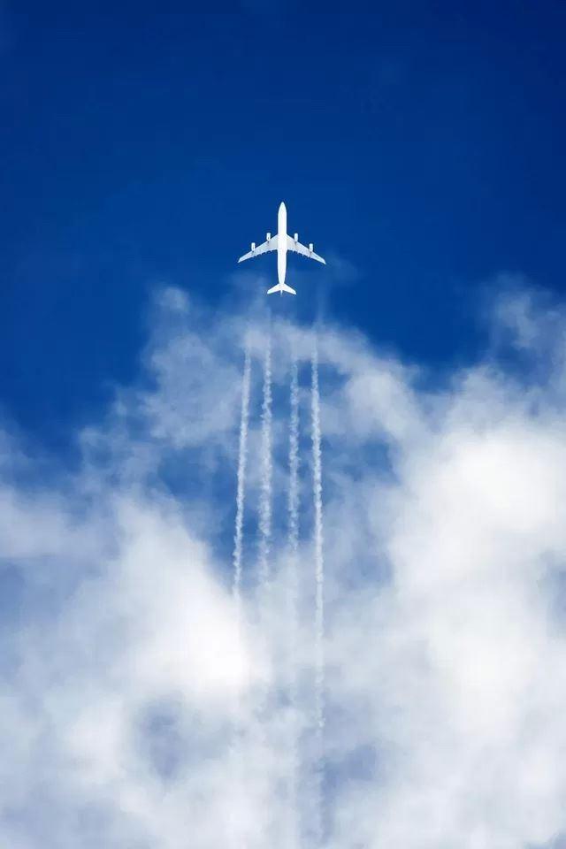 картинки самолетов на айфон донной