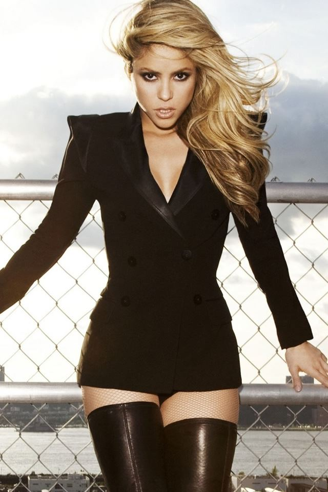 Shakira In Black iPhone 4s wallpaper
