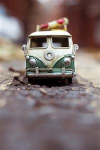 Toy car Adventure iPhone 4s wallpaper