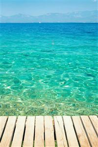 Clear Tropical Ocean Water Lockscreen iPhone 4s wallpaper