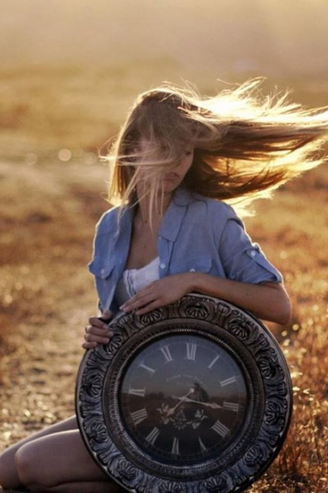 Sunset Flying Beauty Blonde Vintage Clock iPhone 4s wallpaper