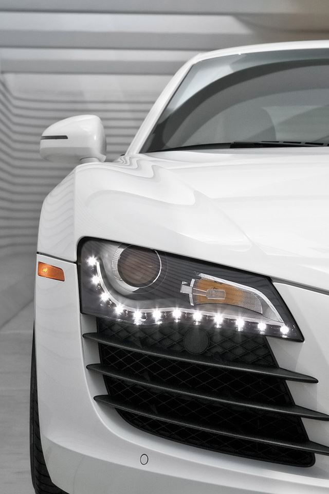 Audi R8 iPhone 4s wallpaper
