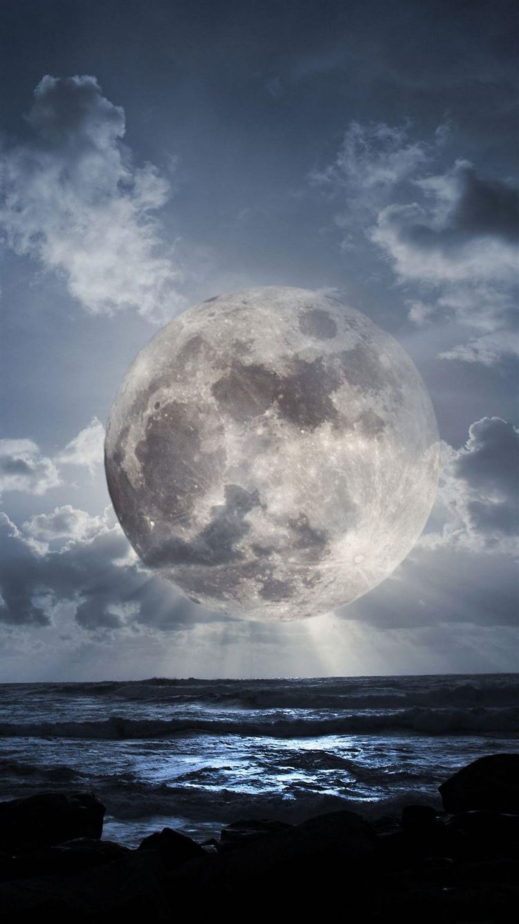 Super Moon Over Sea Iphone 8 Wallpapers Free Download