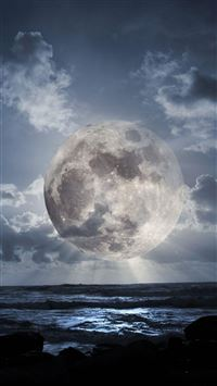 Super Moon Over Sea iPhone 6(s)~8(s) wallpaper