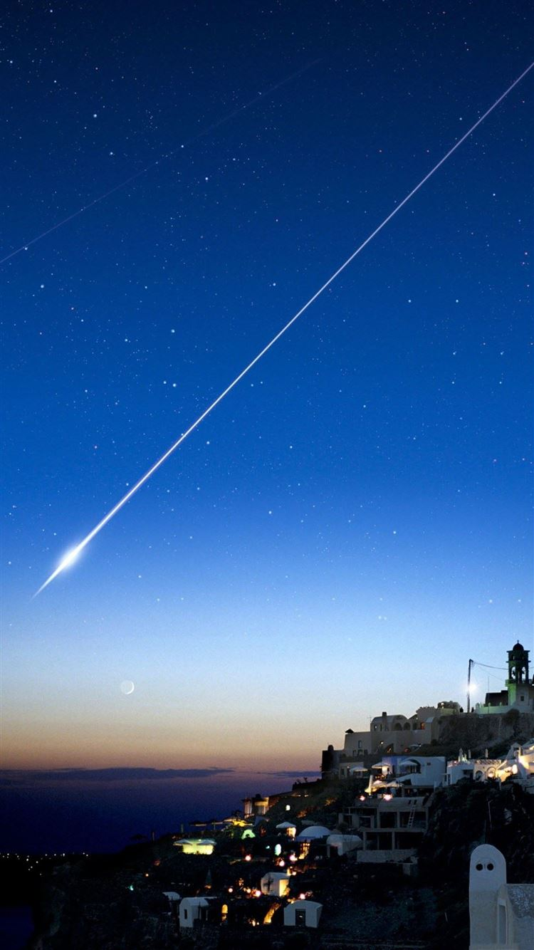 Shooting Star Over Cliff City Iphone 8 Wallpapers Free Download