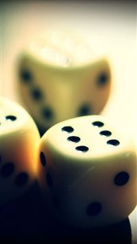 Dice Close Up Detail iPhone 6(s)~8(s) wallpaper