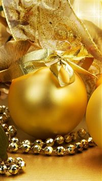Christmas Golden Egg Ball  iPhone 6(s)~8(s) wallpaper